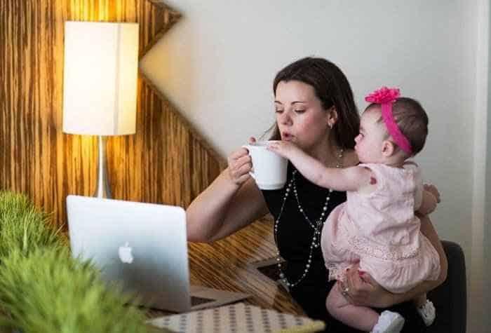 Photo of Sigortasız Anneler İçin Süt Parası Alma Yöntemi