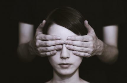Şiddete Uğrayan Kadın Ne Yapmalı, Nereye Başvurmalı?